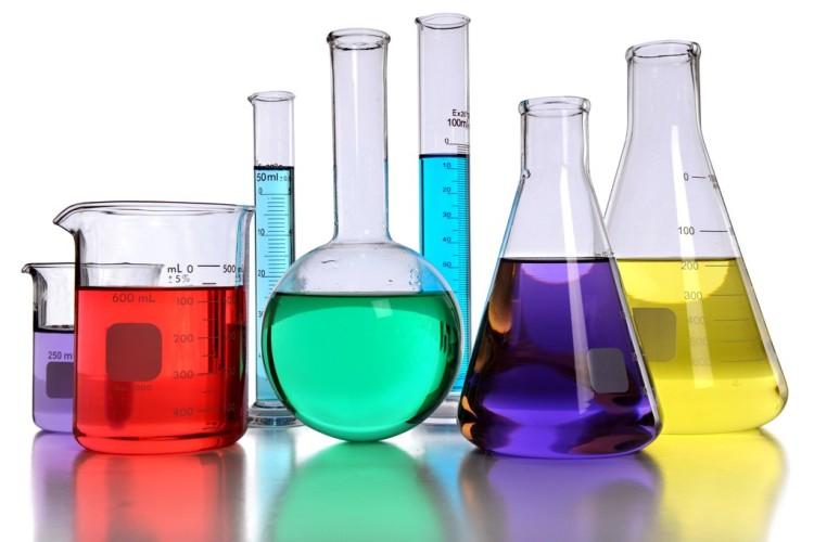 Basischemikalien