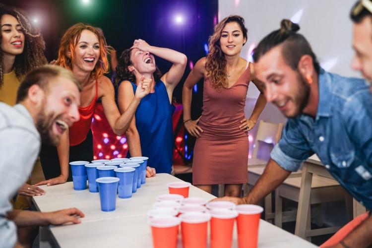 Beer Pong - die Spielanleitung für jede Party